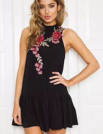 Fashion Black Embroidery Flower Decorated Sleeveless Dress