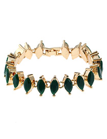 Vintage Green Oval Shape Decorated Bracelet