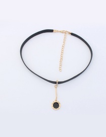 Elegant Gold Color+black Round Shape Decorated Color Matching Choker